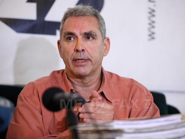 Ministrul Justitiei s-a �nt�lnit cu fiul disidentului Gheorge Ursu, dupa ce acesta a intrat �n greva foamei