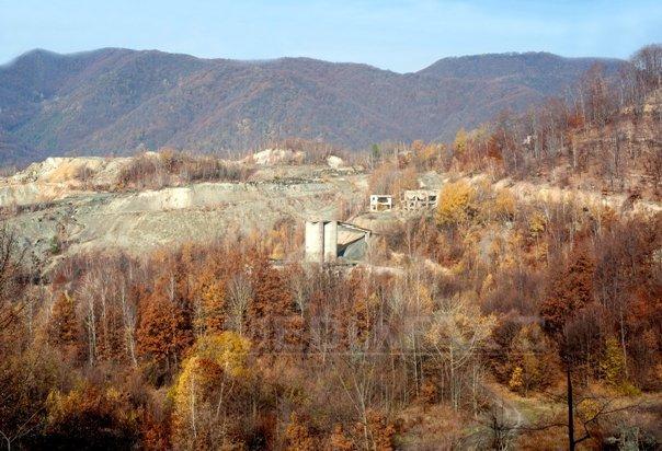 Şantier deschis de Deva Gold �n zona Certej, pentru exploatarea minereurilor de aur si argint