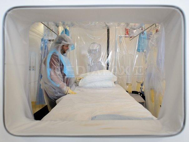 SUSPECTUL de Ebola internat la