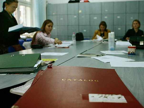 Ministerul Educatiei si federatiile sindicale au semnat contractele colective de munca