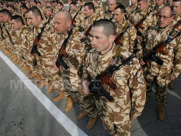 Basescu: Am aprobat marirea contributiei Rom�niei �n Afganistan cu 450 de militari �n 2015