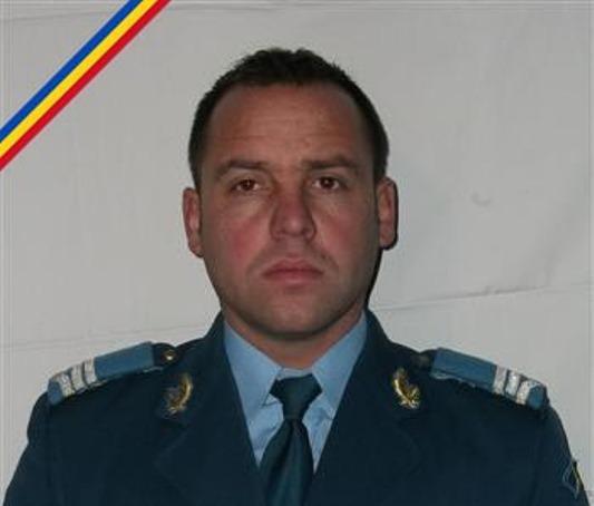 Cluj: Vasile Gadalean a scapat din misiuni �n Irak si Afganistan, dar a murit �n accidentul din Sibiu