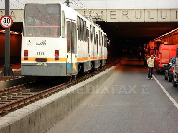 Circulaţia tramvaielor liniei 41, blocată �n urma unui accident �n Pasajul Lujerului din Capitală