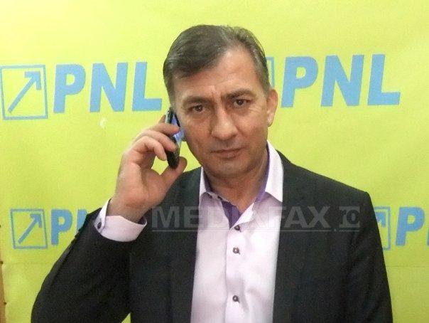 Senatorul PNL Dian Popescu a fost condamnat la cinci luni de �nchisoare cu suspendare