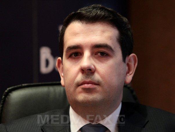 Şeful SIF Banat-Crisana si un membru al Consiliului de Administratie, arestati �n dosarul privind manipularea pietei de capital