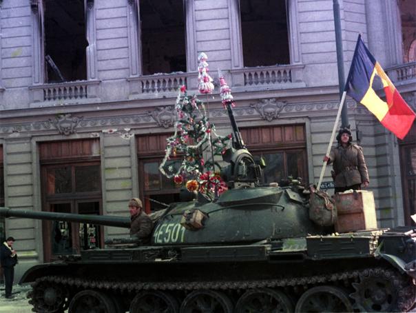 MEDIAFAX ZOOM: 25 de ani de la Revolutia Rom�na - GALERIE FOTO