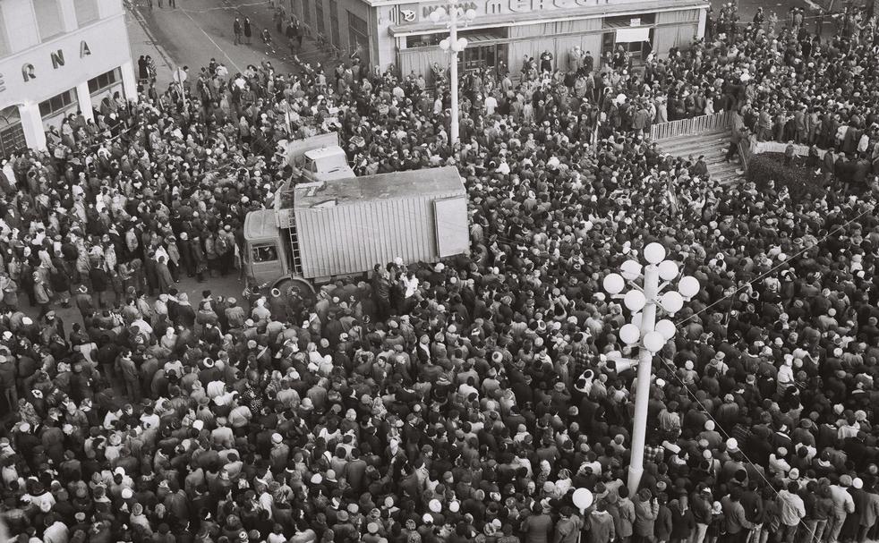 MEDIAFAX ZOOM: Revoluţia Română din 1989 - Timişoara - GALERIE FOTO