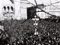 """Imaginea articolului 25 DE ANI DE LA REVOLUŢIE: 21 decembrie '89 - Muncitori din Oltenia, aduşi la Timişoara cu trenuri, să lupte cu """"huliganii"""" - FOTO"""