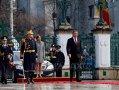 Imaginea articolului Iohannis a depus o coroană în memoria victimelor Revoluţiei, în Piaţa Universităţii. Preşedintele îl decorează astăzi pe şeful Asociaţiei Foştilor Deţinuţi Politici