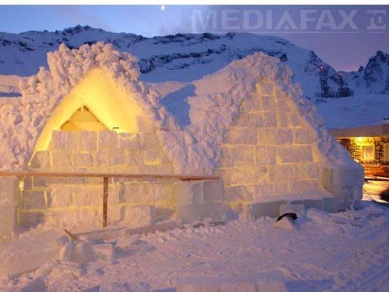 Imaginea articolului Biserica de Gheaţă de la Bâlea Lac a fost finalizată şi va fi sfinţită în 29 ianuarie