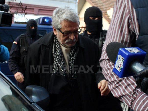 Mircea Molot, arestat la domiciliu, poate sa �si paraseasca locuinta de doua ori pe luna
