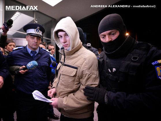 Imaginea articolului Tânărul de 17 ani din Craiova adept al ISIS, trimis la un nou control la INML