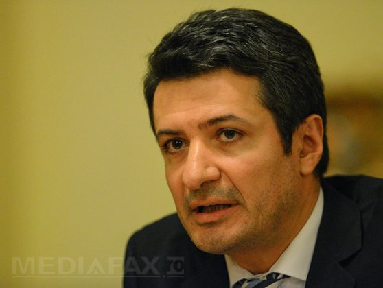 Imaginea articolului INTERVIU cu ministrul Sănătăţii, Achimaş-Cadariu: Va fi regândit rezidenţiatul, pentru a-şi găsi toţi promovaţii un post - VIDEO
