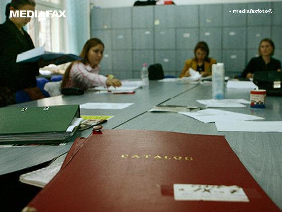 Imaginea articolului Federaţia Sindicatelor Libere din Învăţământ: Salariul profesorului debutant să fie 150 la sută faţă de salariul minim