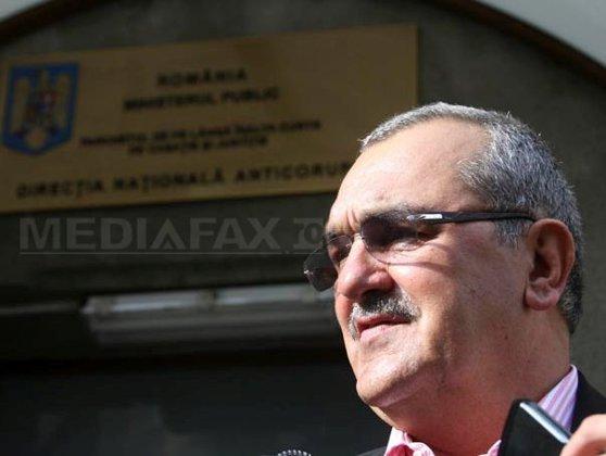 Imaginea articolului Miron Mitrea rămâne în închisoare după ce instanţa i-a respins noua cerere de eliberare condiţionată