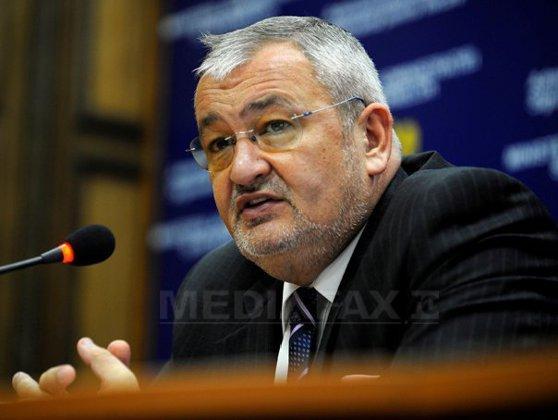Imaginea articolului Sebastian Vlădescu, fostul ministru al Finanţelor, este audiat la DNA