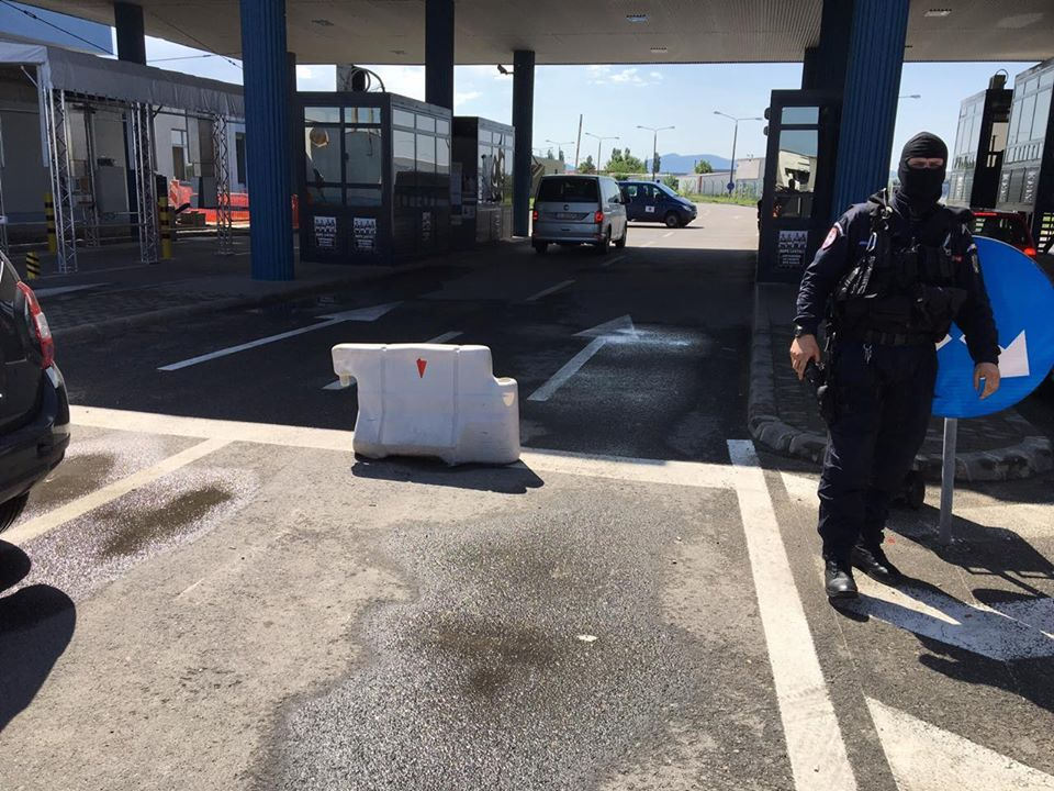 Timişoara: 20 de persoane reţinute până marţi seara în urma descinderilor de la Moraviţa