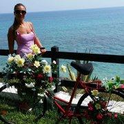 Cine este românca DECEDATĂ în cutremurul din Italia! Avea un copil de doar 11 ani!