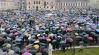 Imaginea articolului Miting pentru familia tradiţională la Oradea. Familia Bodnariu a fost prezentă la eveniment. S-a cerut un referendum pe această temă - VIDEO
