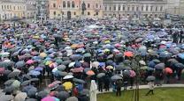 INCREDIBIL ce s-a întâmplat în această dimineaţă în România! S-a cerut şi un REFERENDUM! VIDEO