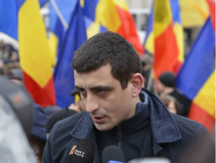 """Imaginea articolului George Simion - de la """"Noii Golani"""" la """"Marşul pentru Basarabia"""". Cine este liderul unioniştilor"""