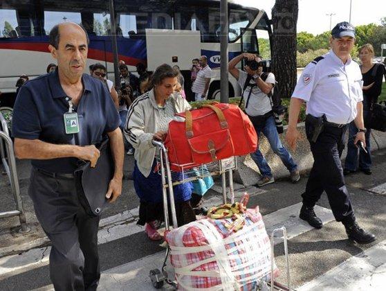 Imaginea articolului Peste 800 de români au fost repatriaţi voluntar în anul 2015. Ţările din care s-au întors