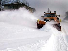 Imaginea articolului 60 de familii dintr-un sat din Munţii Apuseni, blocate din cauza troienelor de zăpadă