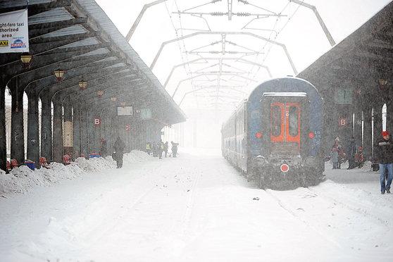 Imaginea articolului CFR: 148 de trenuri anulate miercuri la ora 16.30, circulaţia se reia în Gara de Nord
