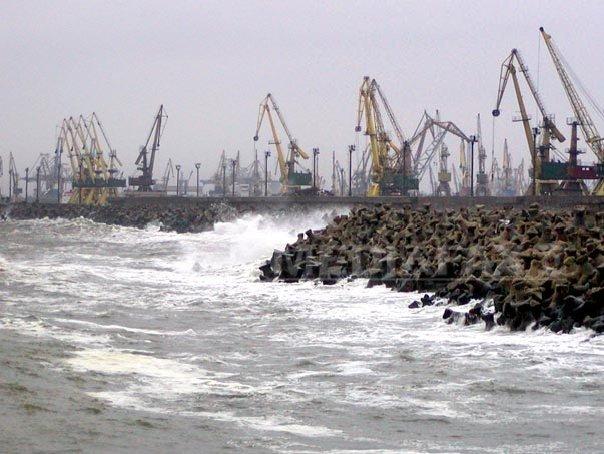 Imaginea articolului Porturile din Constanţa au fost închise din cauza ceţii