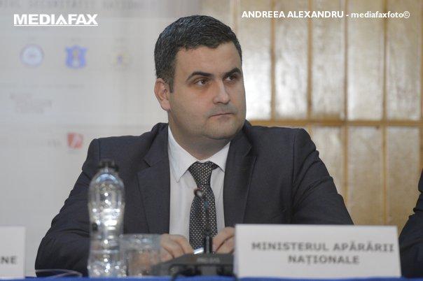 """Imaginea articolului Gabriel-Beniamin Leş, Ministrul Apărării: Am cerut Corpului de Control verificări privind revenirea la CSA a mărcii """"Steaua Bucureşti"""""""