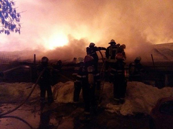 Imaginea articolului Mărturii după incendiul din Bamboo: Toată lumea fugea disperată/ Am văzut Colectiv în faţa ochilor