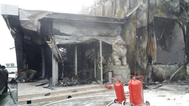 Imaginea articolului VIDEO Aproximativ 20 de persoane, audiate după incendiul din Bamboo. Patronul clubului, citat la audieri