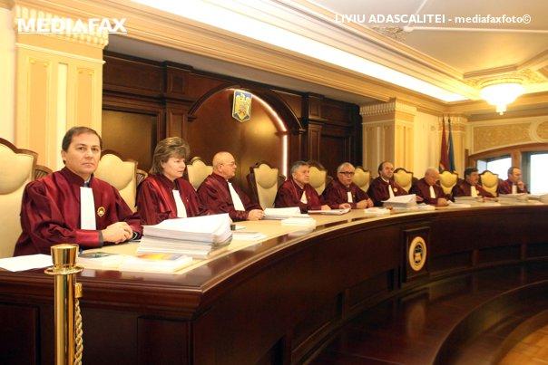 Imaginea articolului Un avocat cere Curţii de Apel Suceava să sesizeze CCR în privinţa neconstituţionalităţii OUG 14
