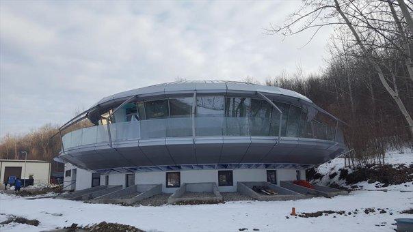 Imaginea articolului Primul autogrill din România se va deschide, în aprilie, pe DN 1. Seamănă cu un OZN