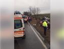 Imaginea articolului Două persoane au murit în Timiş, iar alte trei au fost rănite, după ce două maşini s-au ciocnit frontal