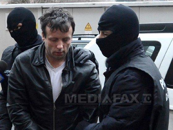 """Imaginea articolului Hackerul """"Guccifer"""", în boxa acuzaţilor alături de Ovidiu Tender. Ce a solicitat autorităţilor române"""