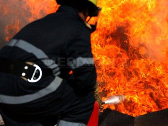 Imaginea articolului INCENDIU într-un bloc din Rovinari: Un bărbat a murit