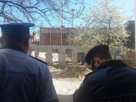 Imaginea articolului GALERIE FOTO ACCIDENT de muncă la  Timişoara: Doi muncitori au murit după ce plafonul unei clădiri în construcţie a căzut peste ei