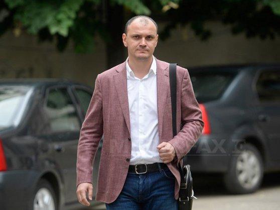 Imaginea articolului DNA cere al TREILEA mandat de arestare preventivă pe numele lui Sebastian Ghiţă