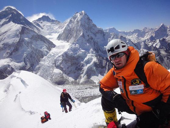 Imaginea articolului Alpinistul Horia Colibăşanu, aproape de cucerirea Everestului fără şerpaşi şi oxigen suplimentar
