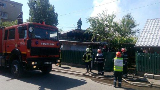 Imaginea articolului FOTO O butelie a explodat într-o locuinţă din zona Berceni din Capitală. O persoană este rănită
