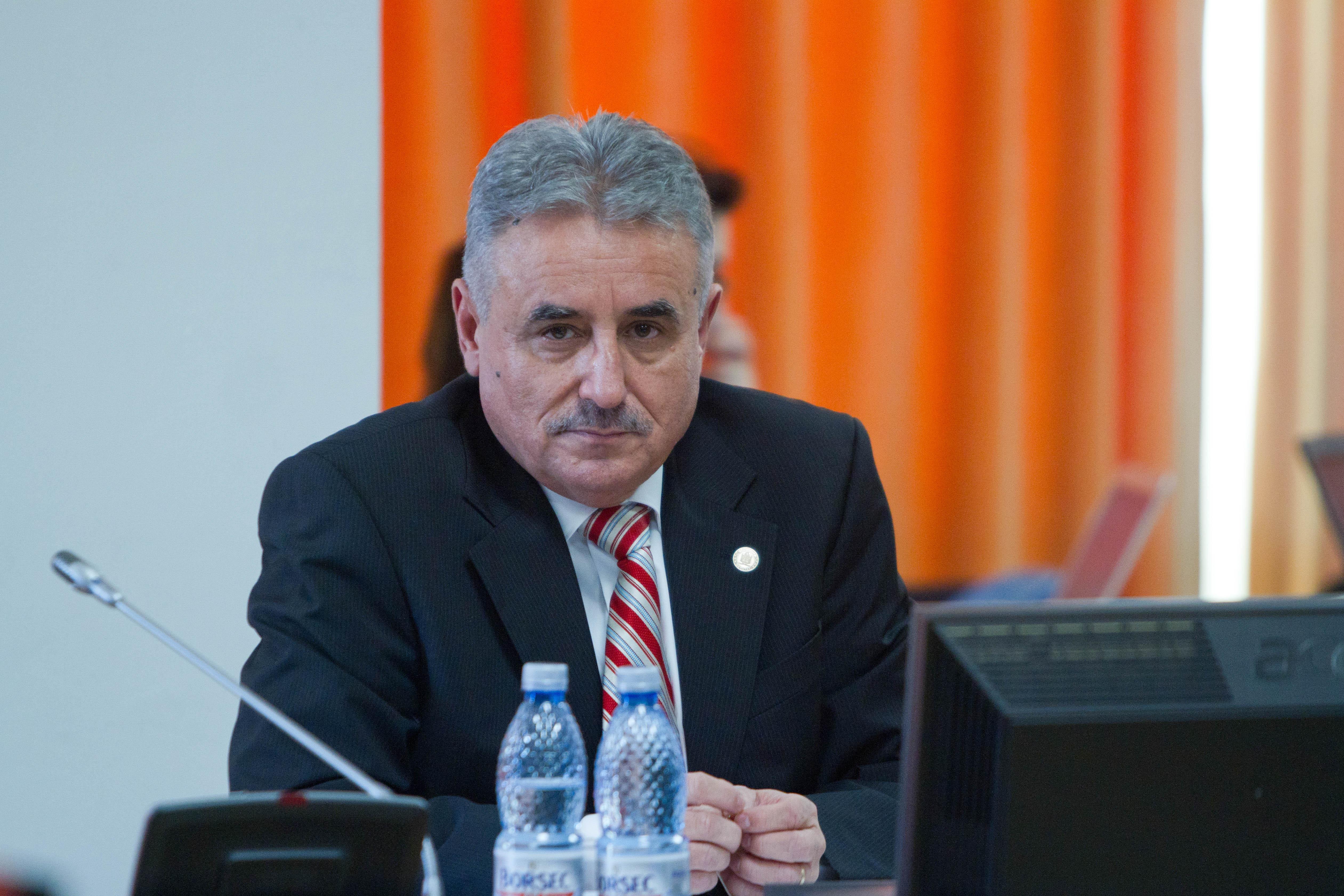 EXCLUSIV Preşedintele ANAF, invitat cu o oră înainte, la întâlnirea de la Finanţe cu premierul