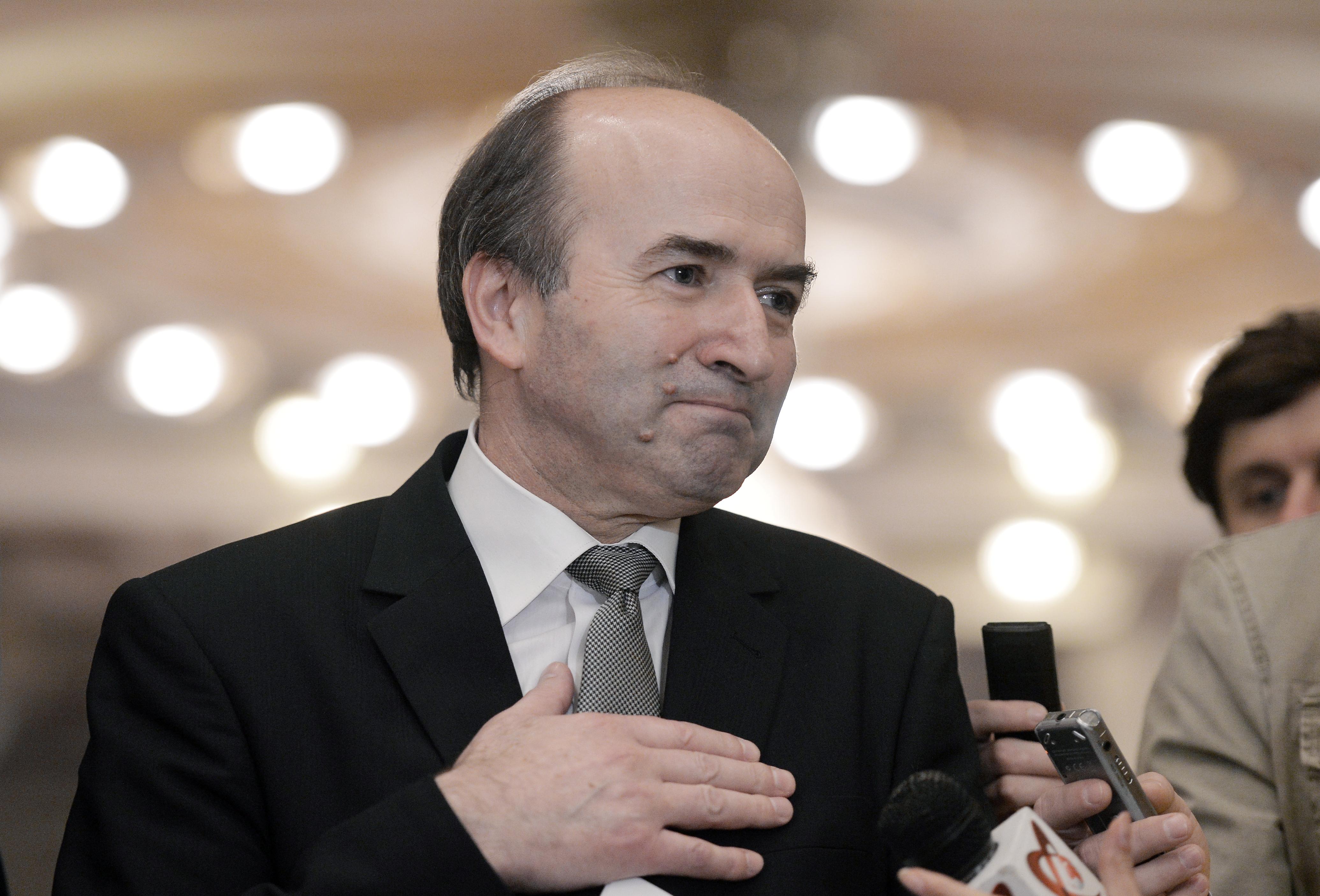 Tudorel Toader, ministrul Justiţiei: Am cerut directorului ORNISS să îmi spună dacă cei care au intrat în arhiva SIPA aveau certificat