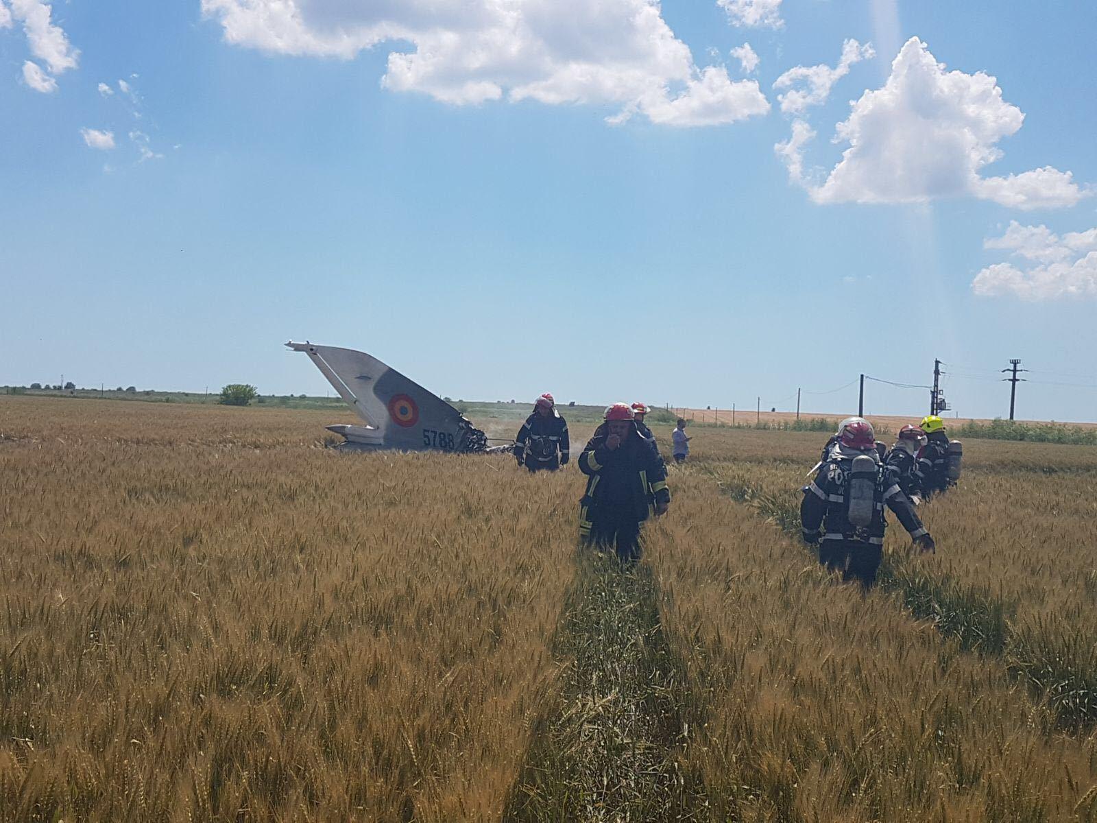 Medicii anunţă că starea pilotului avionului MiG-21 Lancer, prăbuşit luni, în judeţul Constanţa, este bună. Bărbatul, consiliat psihologic