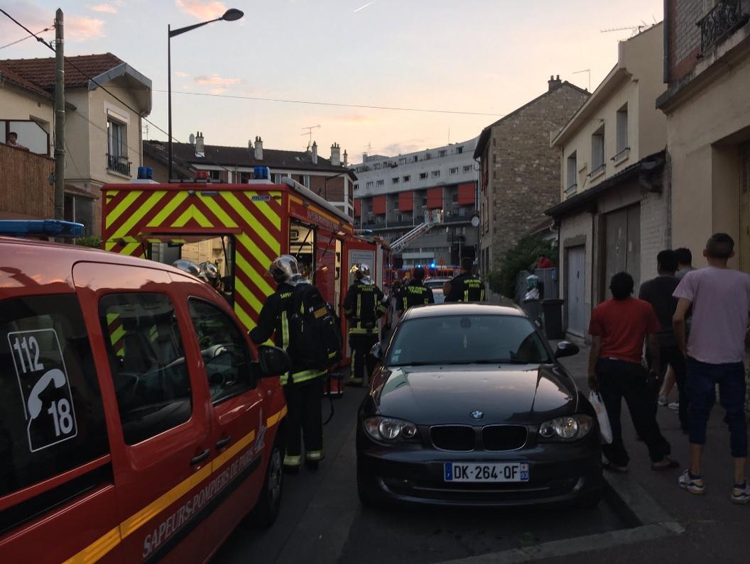 Trei români au fost răniţi în expozia de duminică de la Paris