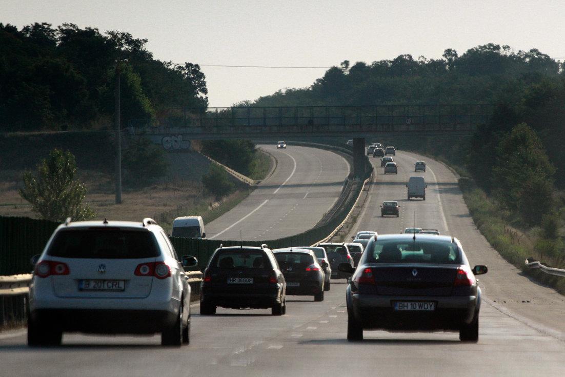 Lucrări de asfaltare pe Autostrada 1 Bucureşti-Piteşti
