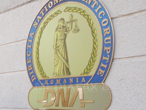 Primarul din Ciclova Română, Caraş-Severin, ridicat de DNA pentru o fraudă de 1 milion de euro