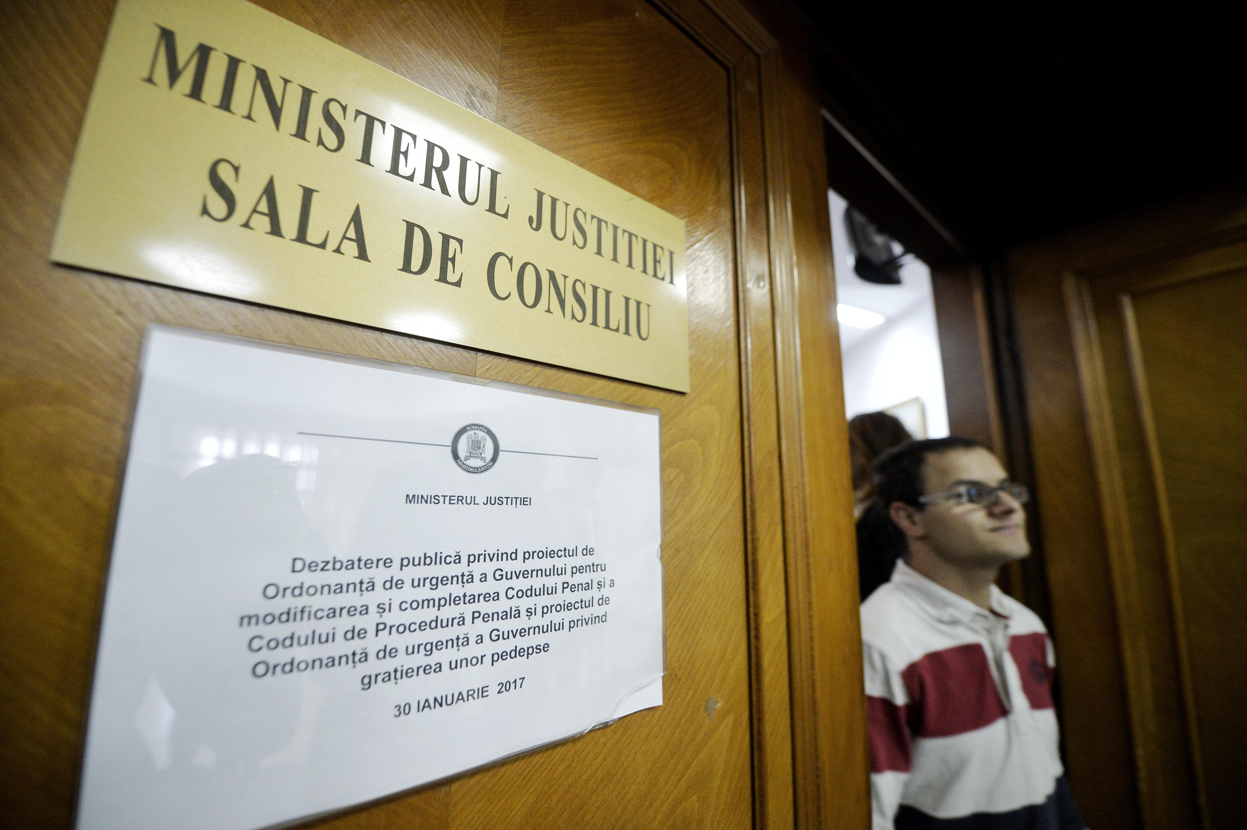 Delegarea judecătorilor la Ministerul Justiţiei va înceta pe 15 iulie