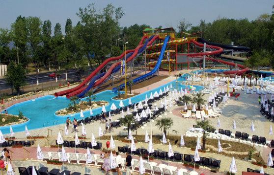 Imaginea articolului Parcurile acvatice din Mamaia şi Eforie Nord, gratuite pentru toţi copiii. Submarinul şi toboganul de mare viteză, printre noile achiziţii făcute pentru a atrage turiştii