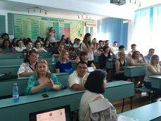 Imaginea articolului FOTO, VIDEO | Joburi pentru elevii unui colegiu din Ploieşti care vor să lucreze pe timpul vacanţei de vară